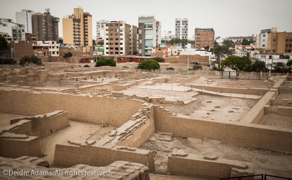 Lima-Huaca-Pucllana –©Deidre Adams